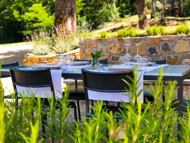 Mangiare all'aperto a Monteriggioni