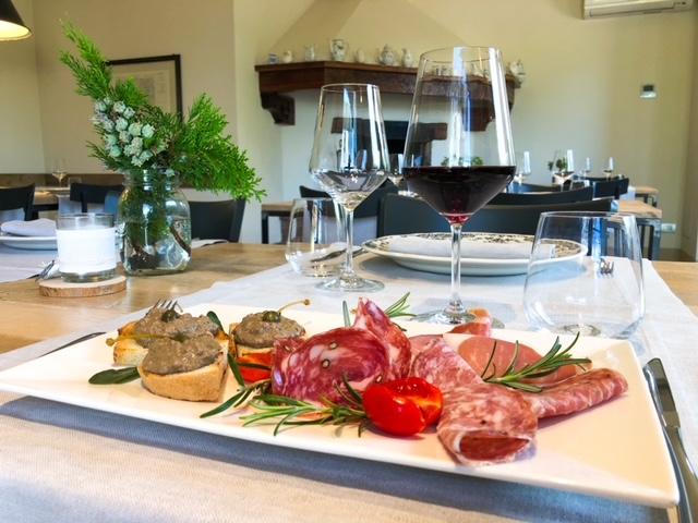 Wine Tour - Wine Tasting - Fattoria Castello di Monteriggioni